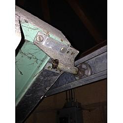Apex Bolton Gate Retractable Nylon Rollers